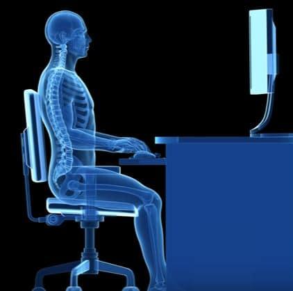 Sientate correctamente en una silla gamer, son baratas y cómodas